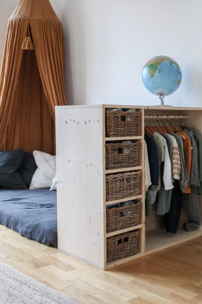 """""""Ich will mich selbst anziehen!"""" Tutorial für ein DIY-Möbel das Kleiderschrank UND Bücherregal ist. – pickndecor.com/furniture"""