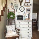12 Ideas to Have The Best Rustic Gallery Wall