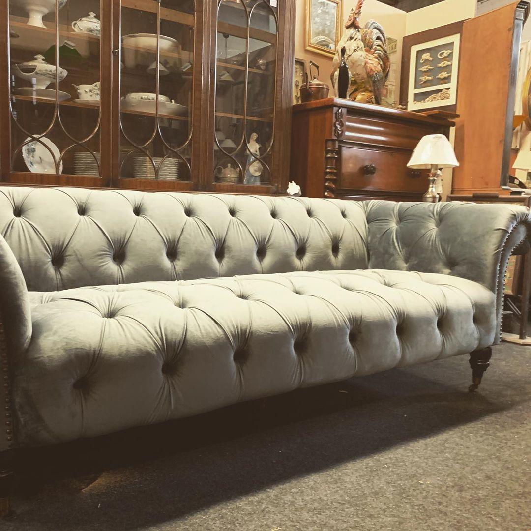 Morris Antikshop – Ihr Spezialist für englische Möbel und Antiquitäten
