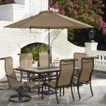 Ansprechende Terrasse Ess Set mit Sonnenschirm, Um Unvergessliche Momente zu Speisen - Mobelde.com