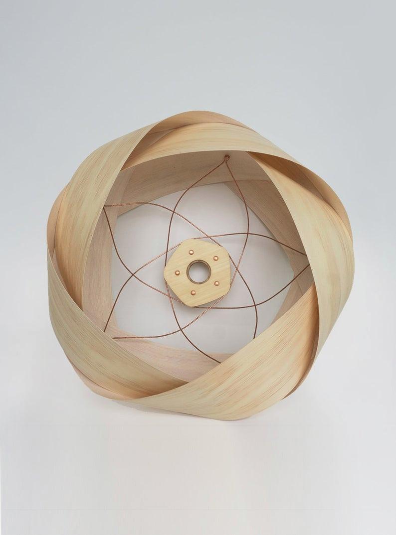 Die Wrap – Holz und Kupfer Licht Schatten