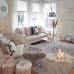 30 + Awesome Großes Wohnzimmer Dekorieren Ideen  ... - #awesome #Dekorieren #Gr...