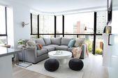 30 kleines modernes Wohnzimmer graues Schnittsofa runder Hauch quadratisches Ende Kaffeetisch…