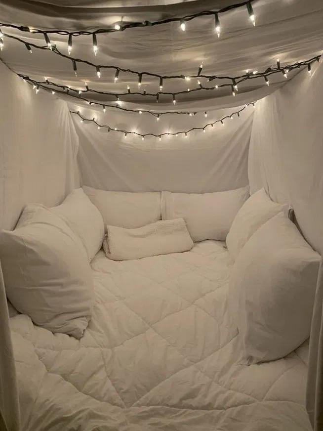 32 fantastic led string lights decor girls bedroom 26 #lamp #bedroom #bedroomdec…