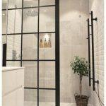 40+ Helpful Creating Bright Bathroom Ideas   manlikemarvinsparks.com