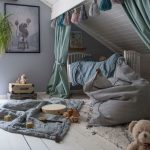 49+ Cool Attic Bedroom Ideas and Design - Mylittlethink.com