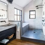 50 Amazing Small Master Bathroom Shower Remodel Ideas and Design - New Ideas