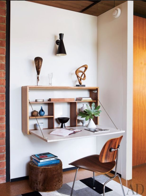 8 Wall-Mounted Desks and Built-In Work Surfaces That Will Save Space