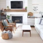 Amazing Modern Farmhouse Style Living Room Decoration Ideas - HOOMCODE