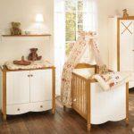 Atemberaubende Baby Kinderzimmer Möbel Sets Von Paidi Mit Floralen Baldachin