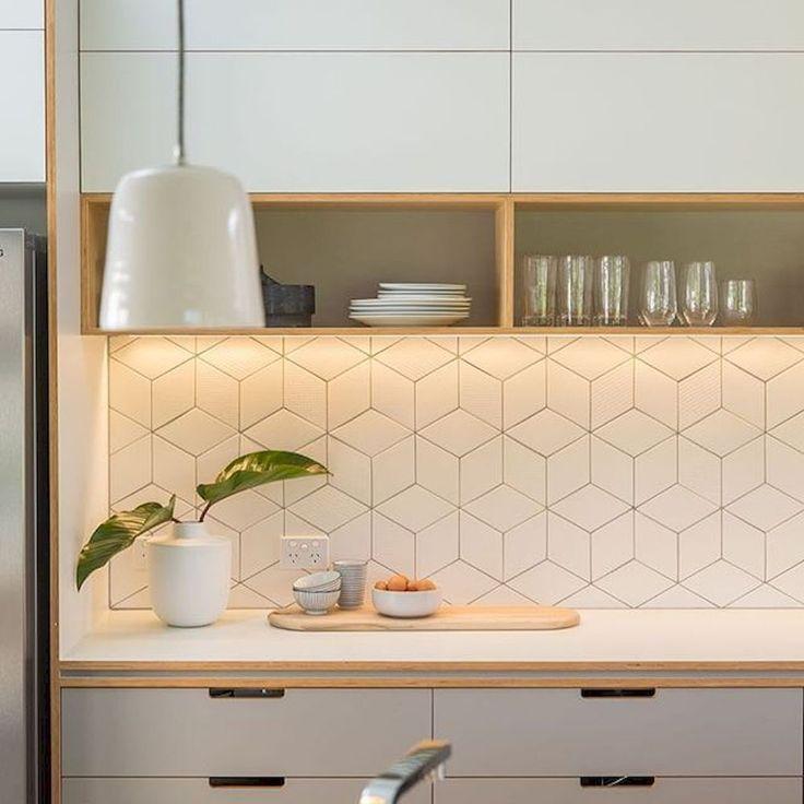 Awesome 80 Gorgeous Kitchen Backsplash Tile Ideas #Backsplash source : setyouro… – Everything you are looking