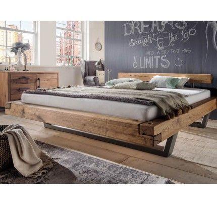 Balkenbett mit Stahlkufen Wildeiche – Wood Design