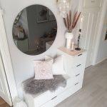 Bild könnte enthalten: Interior #hallwaydecorations Bild könnte enthalten: ... - Wohnaccessoires