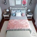 Chambre à coucher moderne pour adolescente