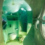 Das Studio im weißen Raum formt Mumbais 'Gartenzimmer' mit organischer Fließf...