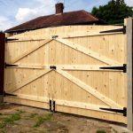"""Détails sur les portes en bois des portes lourdes portes !! 6FT HAUT 7FT 6 """"DE LARGE (3FT 9"""" CHAQUE PORTAIL) - Wood Design"""