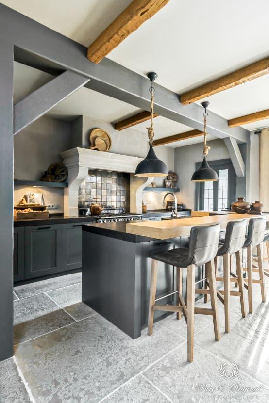 Deze woning in Katwijk heeft de allermooiste muurverf, gerealiseerd door een professional