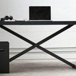 Ein höhenverstellbarer Schreibtisch im Kinderzimmer könnte sehr praktisch sein - Dekoration Diy