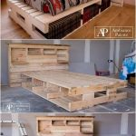 Es gibt einige Häuser, die den Zugang zum Palettenbett mit dem … #hauser # … ermöglichen. diy kopfteil #woodworking - wood workin diy