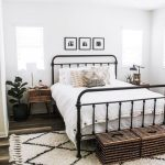 Fantastic Pics Farmhouse Decor bedroom Thoughts Farmhouse decorating is warm, co...