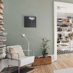 Grau / grünes Wohnzimmer, Holzboden,  #grunes #holzboden #wohnzimmer - https://pickndecor.com/ideas