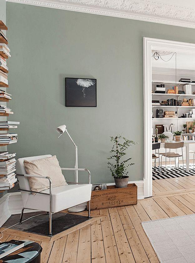 Grau / grünes Wohnzimmer, Holzboden,  #grunes #holzboden #wohnzimmer – https://pickndecor.com/ideas