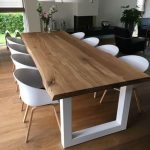 HEAVILA TABLE I INTÉRIEUR SCANDINAVIEN I Un ensemble de luxe en bois de chêne et - Scandinavian & Scandinave