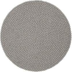 Handgefertigter Teppich Luis aus Schaffell in Hellgrau myfeltmyfelt
