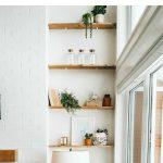 How to style living room shelves! Tips for shelf styling. Our Scandi-boho inspir...