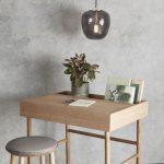 Hübsch Interior Kleiner Schreibtisch aus massivem Eichenholz | myadele