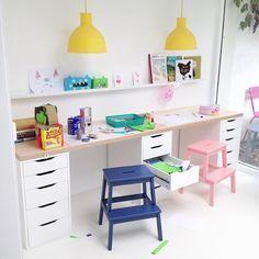 Ikea Kinderschreibtisch Hack mit süßen Pastellfarben …