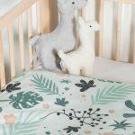 Jollein Leaves Baby Babybett Bettchen Babybettdecke Lamas Babyzimmer Einrichtung Blättermuster grün