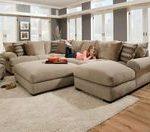 Kaufen Sie große Schnittsofas die perfekt für Ihr großes Wohnzimmer geeignet ...