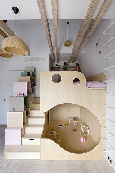 Kinderzimmer, Schlafzimmer-Zimmertyp, Etagenbetten, Bett, Regale, Abstellraum, A…