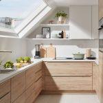 Küche Dachgeschoss in Eiche San Remo - https://pickndecor.com/dekor