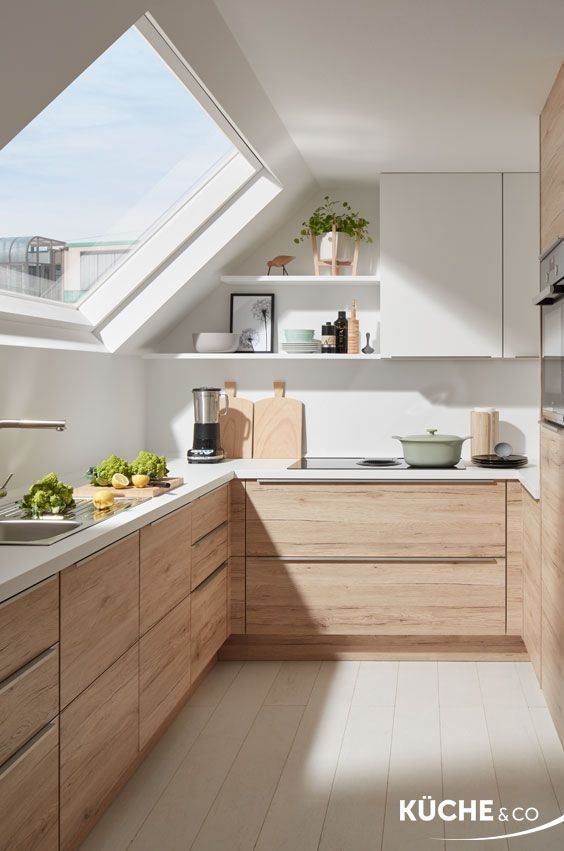 Küche Dachgeschoss in Eiche San Remo – https://pickndecor.com/dekor