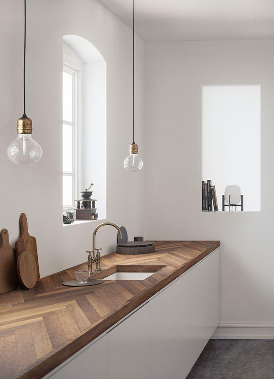 Küche avec Plan und Wanderung près Plancher Ancien. Cuisine au design – Wood Design