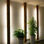 #Lampe aus #Altholz sorgt für indirektes Licht. Beso - bingefashion.com/interior