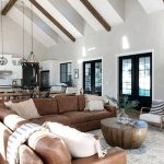 Leather sectional Leather sofa is back Warmth and textures are perfectly combine… - Pinpon
