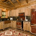'Lost Creek Cabin' is a classic cabin we wouldn't mind hibernating in