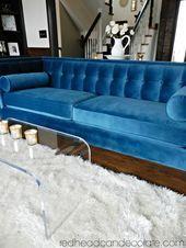 Mein blaugrünes blaues Samt-Sofa   – Glamorous Decor Made Affordable – #Afforda…