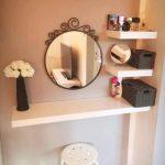 Mini sminkbord för din eleganta och lilla atmosfär - https://bingefashion.com/hem