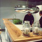 Moderne Kücheninsel-Ideen, die einen Klassiker neu erfinden
