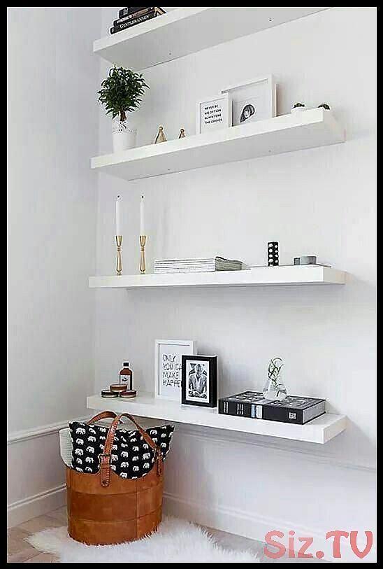 Modernes minimalistisches Wohnzimmer, dunkle Wände, minimalistisches Schlafzimm…