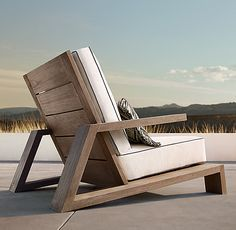 Olema Teak Lounge Chair