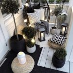 Outdoor furniture in a small space - bingefashion.com/interior