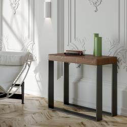 Reduzierte Möbel