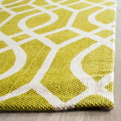 Riggs Area Rug – Lime/Ivory (6'x9′) – Safavieh, Size: 6'X9′, Green