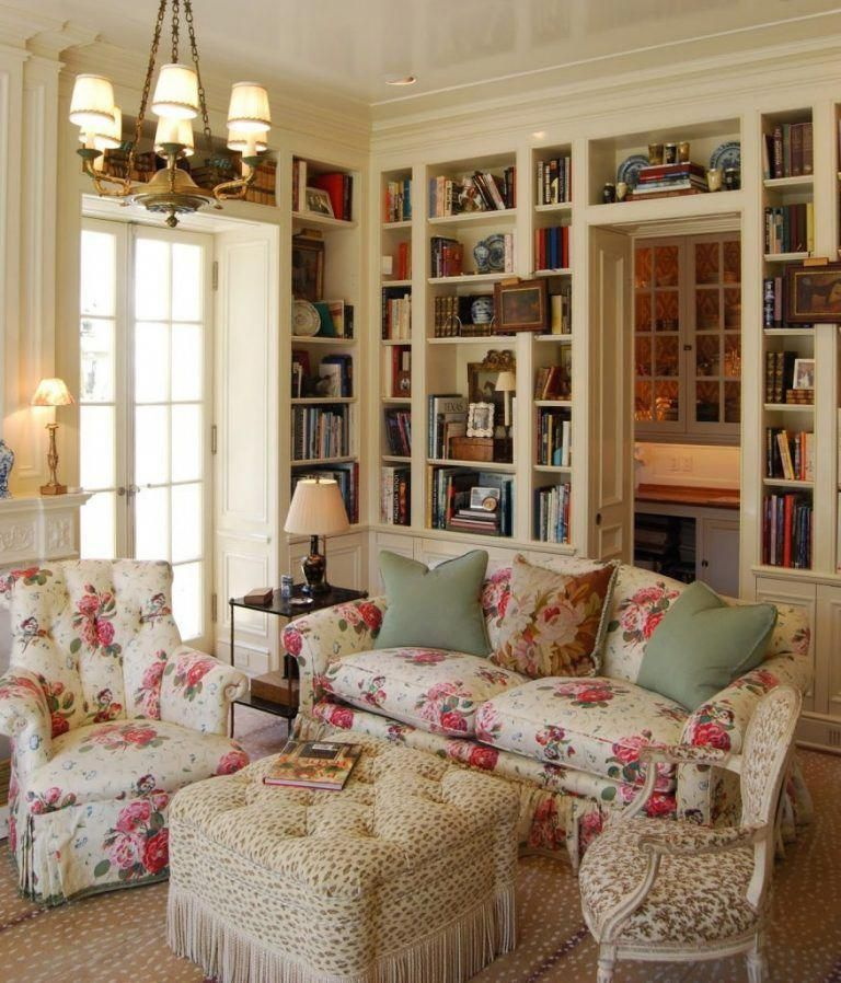 Roses & Pansies: A Classic Chintz by Colefax & Fowler – The Glam Pad #CountryDé…