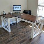 Round up DIY desks